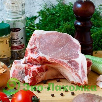 Свиная корейка на кости, 1 кг
